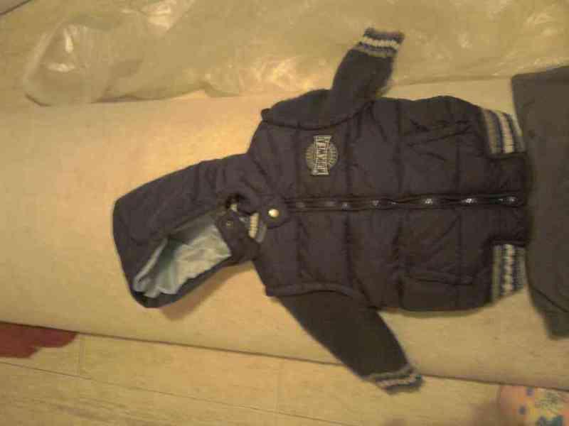 Abrigo bebé azul oscuro impermeable