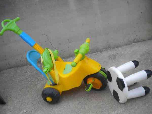Regalo triciclo y taburete niño