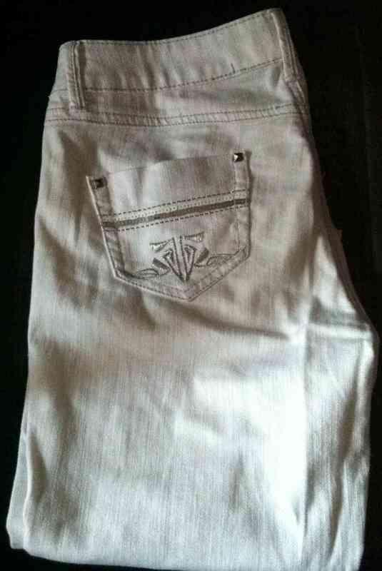 Pantalon blanco pirata