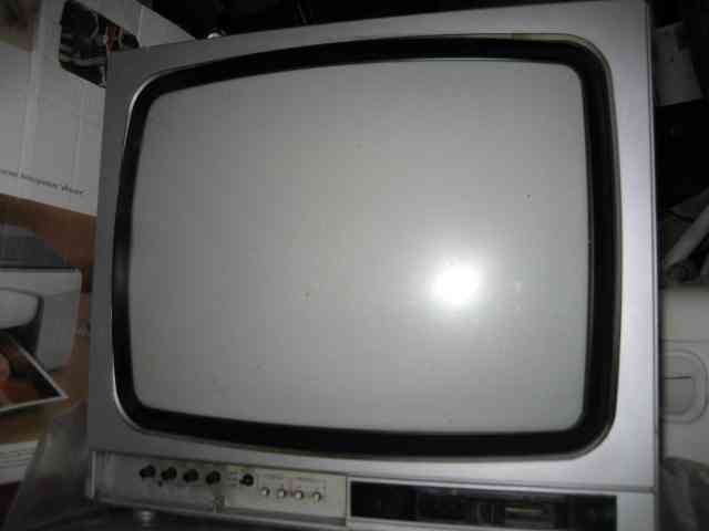 "Televisor 14"""