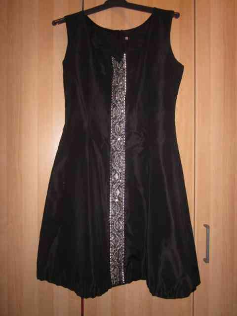 Vestido negro talla s (maggota)