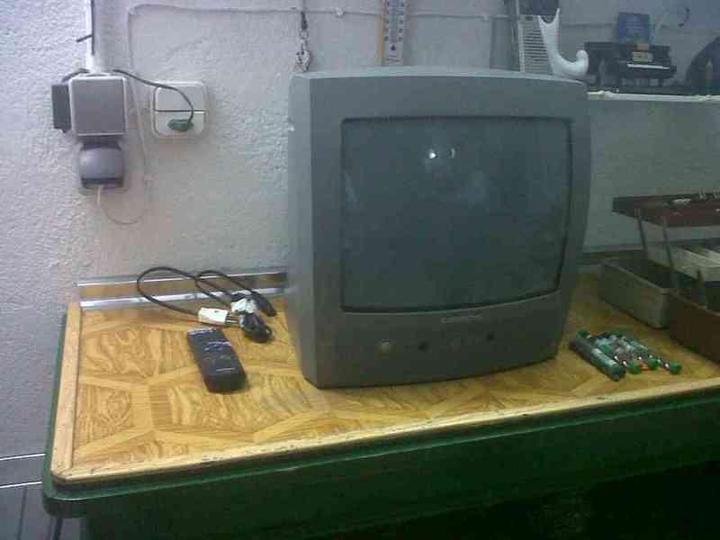 """Tv 14"""" antigua"""