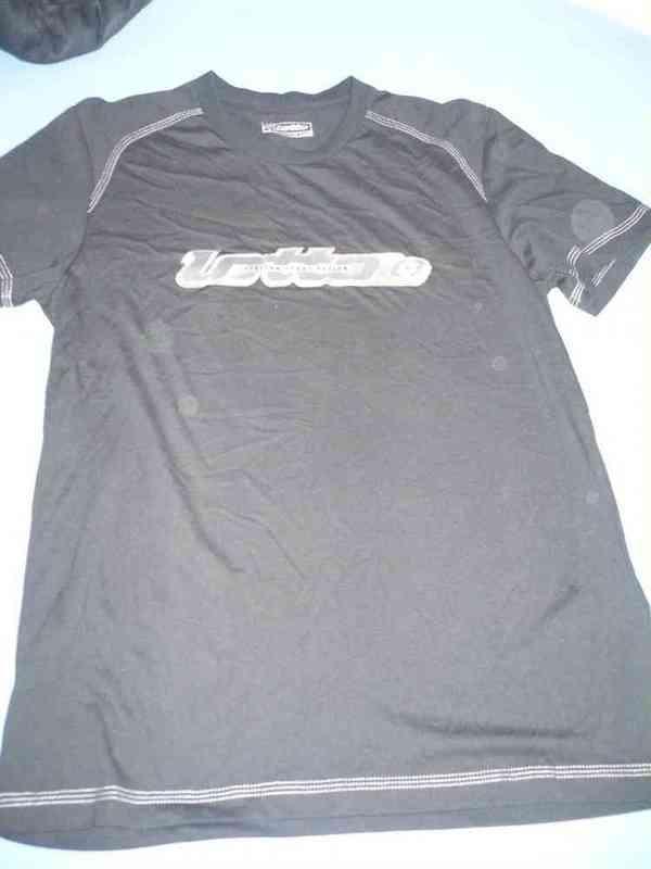 Camiseta negra lotto talla m