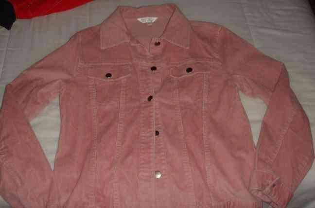 Chaqueta de pana rosa