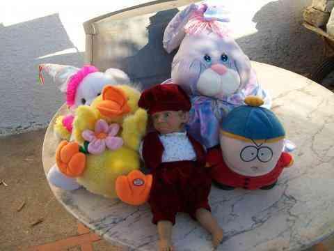 Cinco muñecos