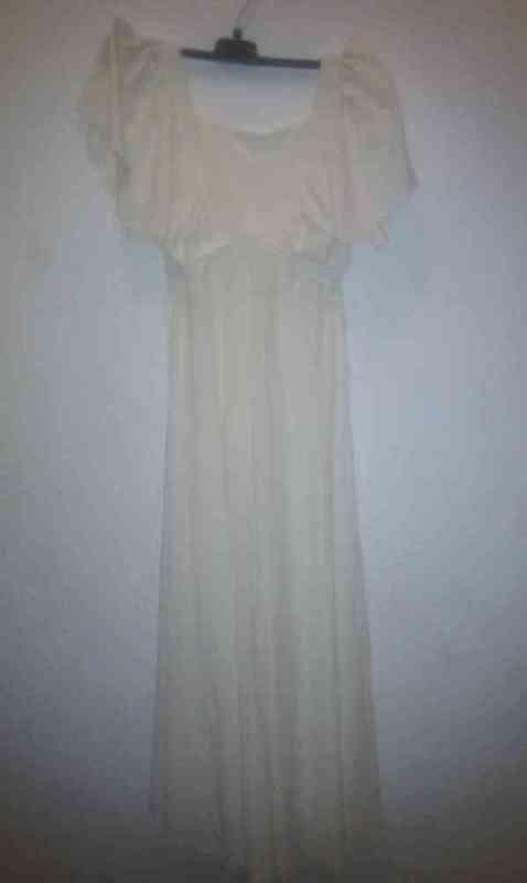 Vestido blanco talla 36-38 (paujo)