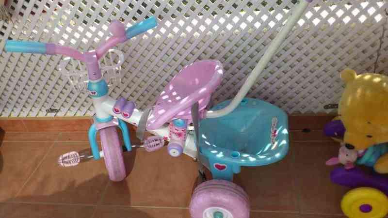 Triciclo color rosa (otra vez)