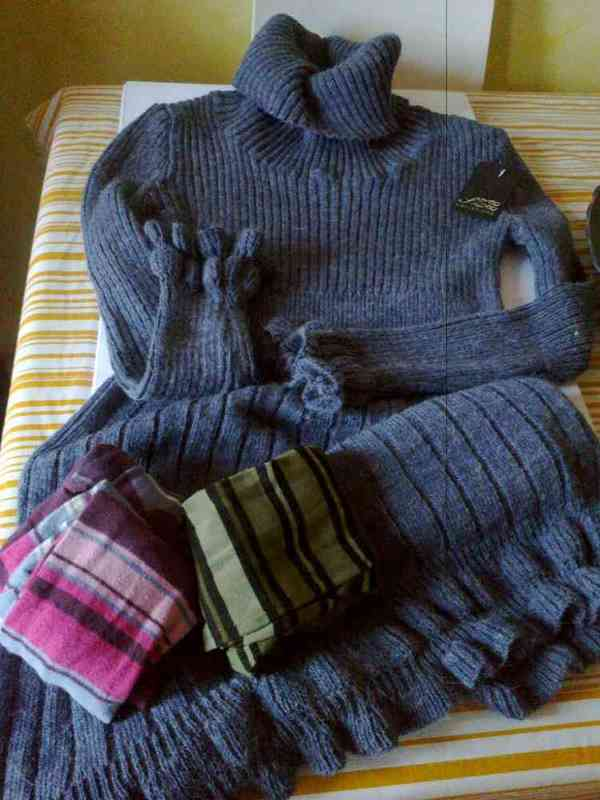 Vestido mujer lana a estrenar (silosna)