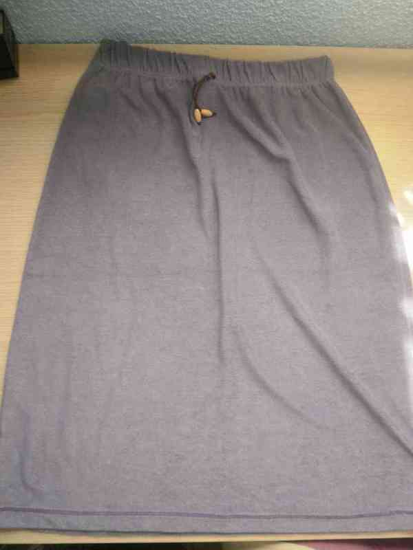 Falda larga terciopelo talla 14 años