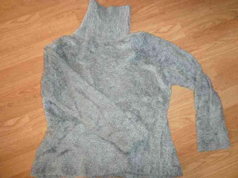 Jersey de pelito azul, talla 14 años