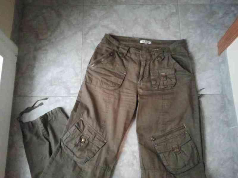 P10 - pantalon caqui