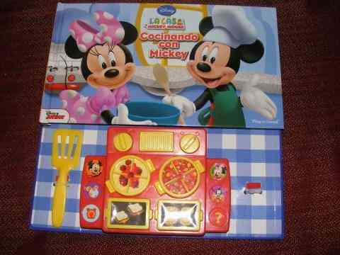 Cocinando con mickey mouse