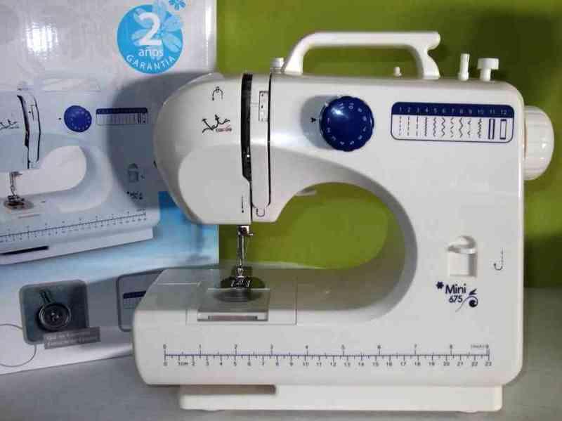Maquina coser jata mini675-leojanni