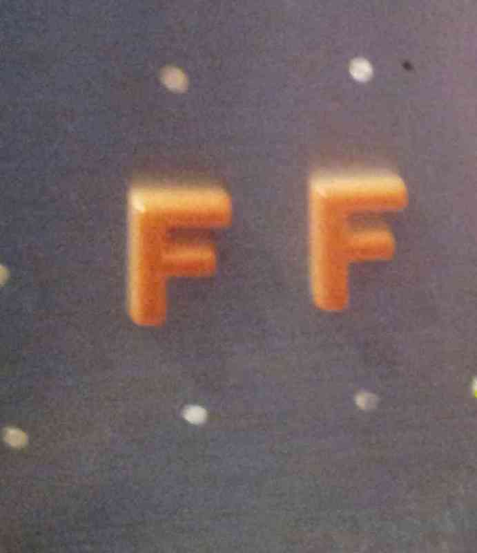 Pendientes letra f (gabrielaf)