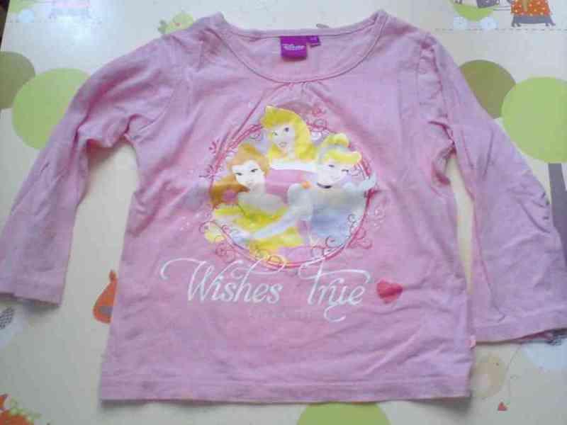 Camiseta princesas talla 2 años
