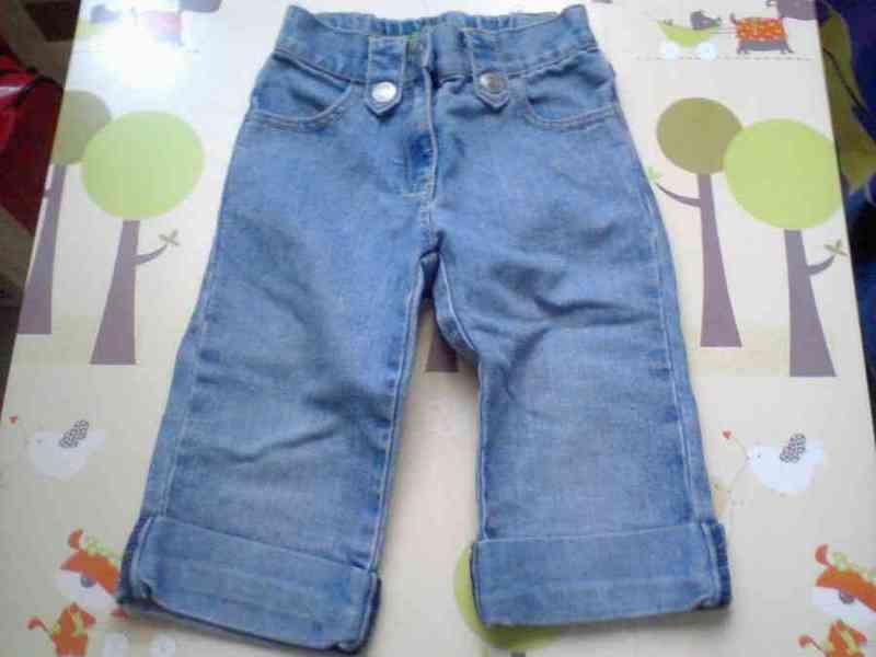 Pantalón vaquero niña talla 2