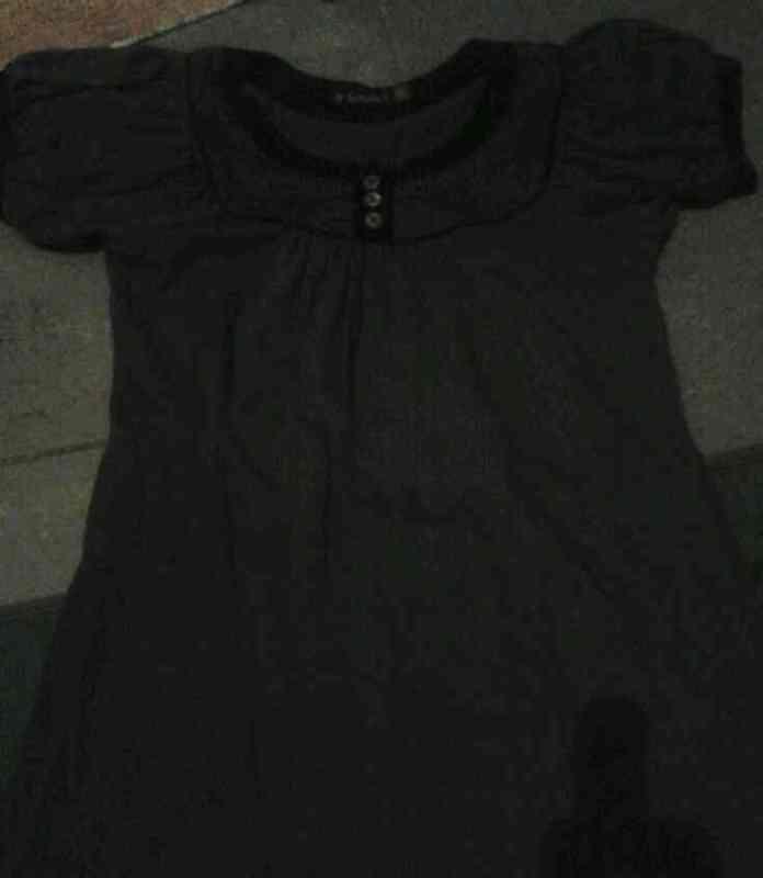 Camisa gris oscura