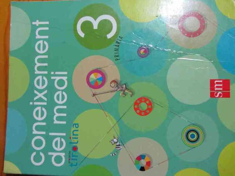 Libro coneixement del medi 3º