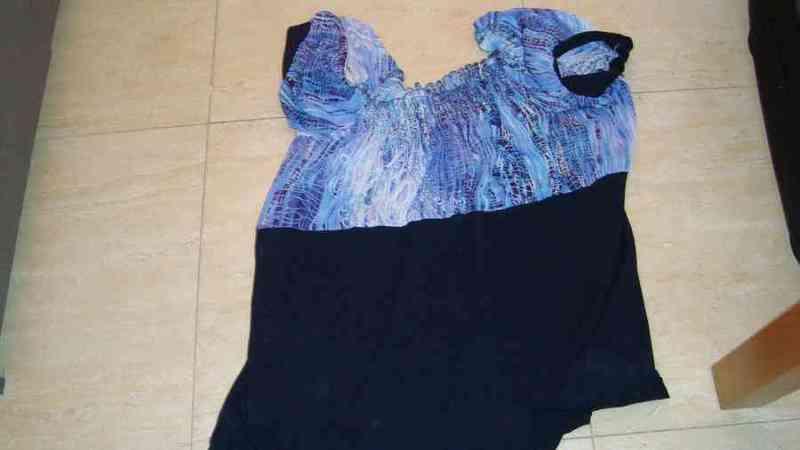 Camiseta azul/negra talla 3