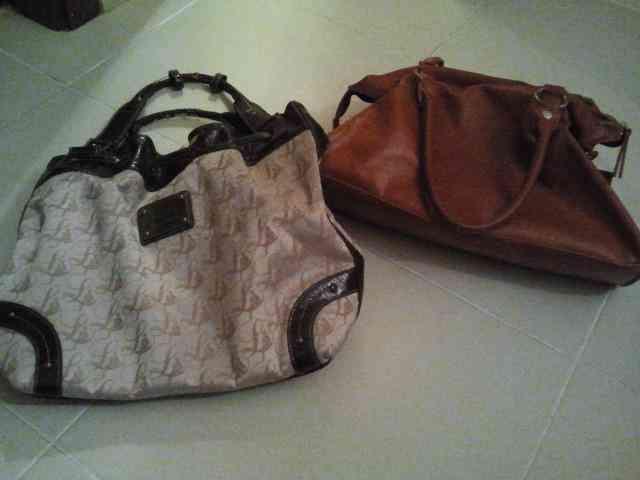 Dos bolsos