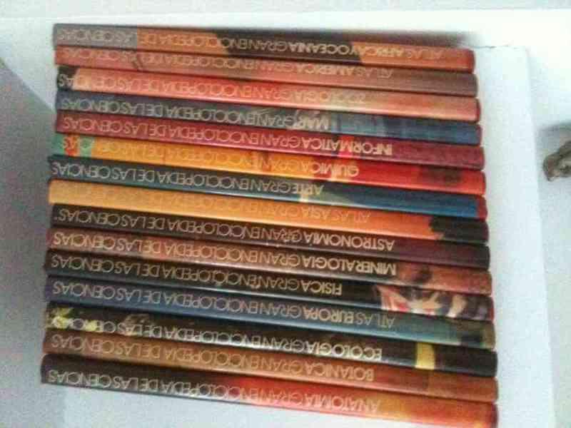 Colección de libros temáticos