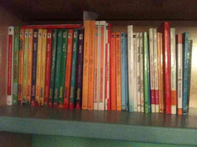 Colección de libros infantiles y juveniles