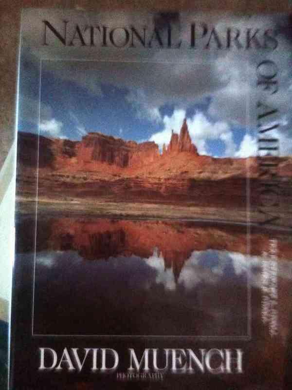 """Libro """"parques naturales de usa"""""""