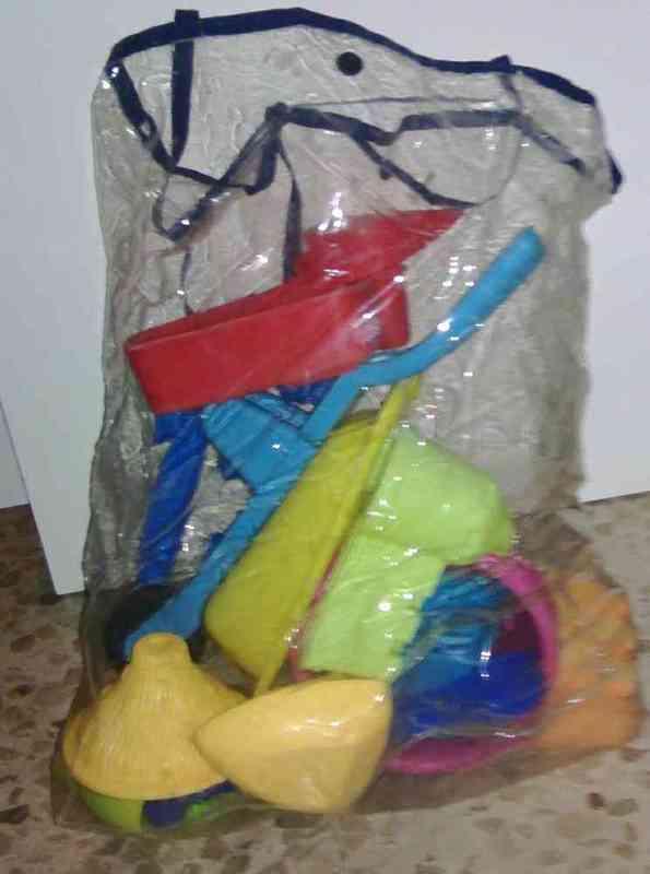 Bolsa con juguetes
