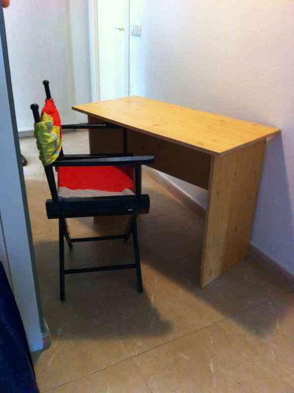 Regalo mesa escritorio y silla