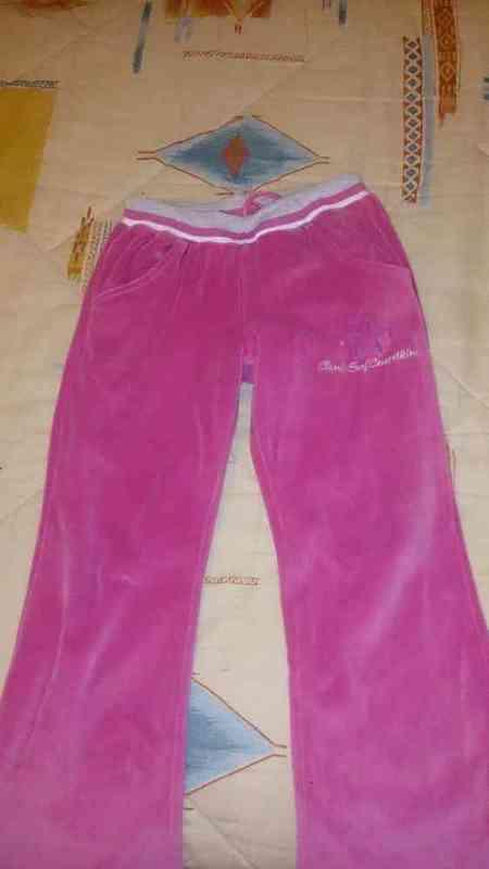 N 202 pantalon de chandal talla 8(susaalma)