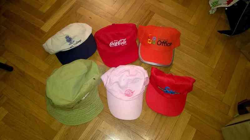Diversas gorras