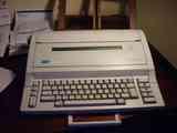 Máquina de escribir eléctrica OPTIMA SP 28MC