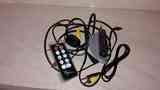 Algunos cables y un mando