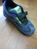 zapatillas con ruedas 34