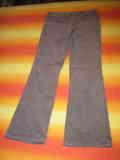 Pantalón largo femenino talla 40 (a Guidi)