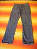 Pantalón vaquero talla 40 (a Oriola)