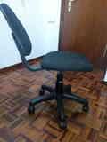 Sillas de escritorio (respaldo torcido)