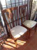 Regalo 2 sillas de madera