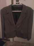 Anuncio anterior, foto de otra chaqueta jaspeada marrón)