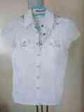Camisa blanca con estampado