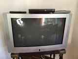 """TV 25"""" Roadstar"""