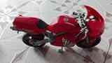 Moto roja de juguete(edwar123)