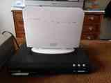 Router  , una  television  (no funciona.)