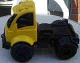Camión de juguete.