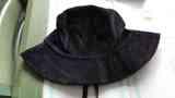 Sombrero de pana negro