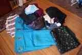 Dos bolsas de ropas (plus cortinas y manteles)