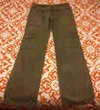 Pantalón largo caqui con rayas oscuras, talla 38 (a pordomingo)