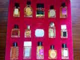 Caja con miniaturas perfumes