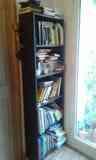 Regalo estantería negra de madera