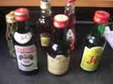 botellas pequeñas de licor